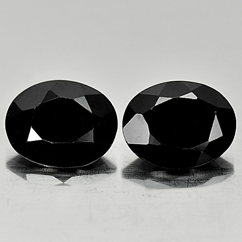 Genuine 100% Natural Black Spinel 2.21ct 9.1x7.2mm Opaque Thailand