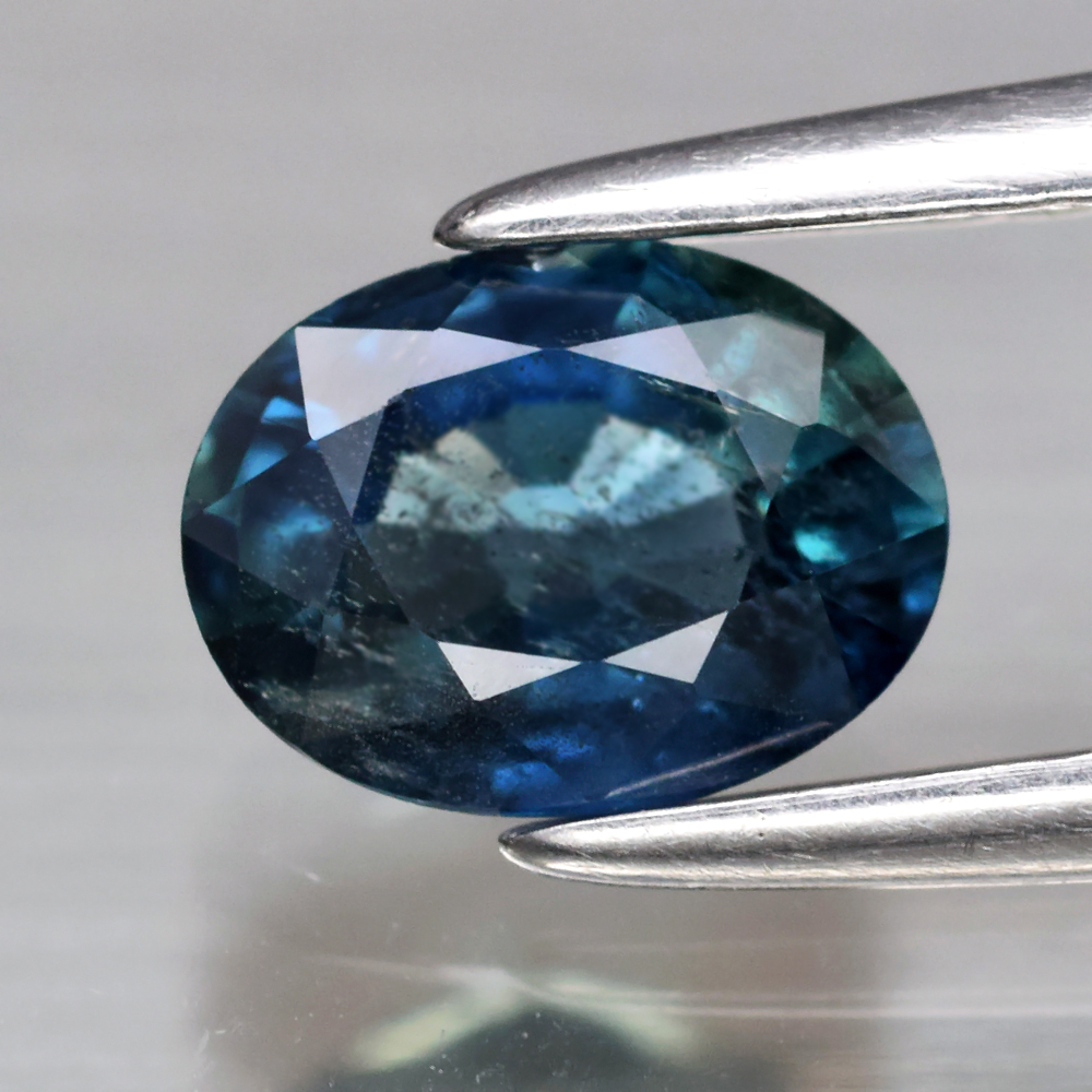 Genuine 100% Natural Blue Sapphire 0.80ct 6.2 x 4.7mm Oval SI2 Clarity