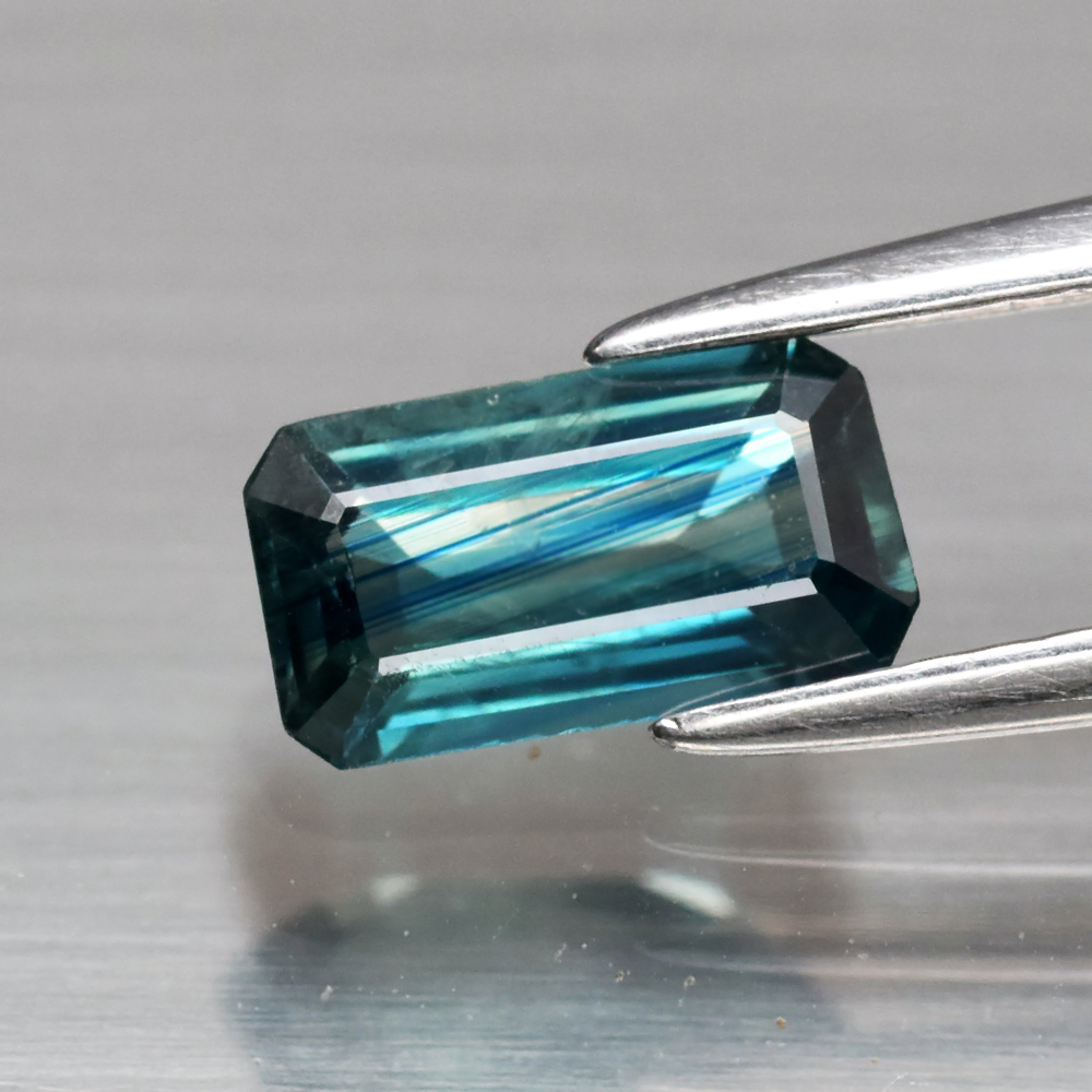 Genuine Blueish Green Sapphire .95ct 7.7 x 4.2mm Octagon SI1 Clarity
