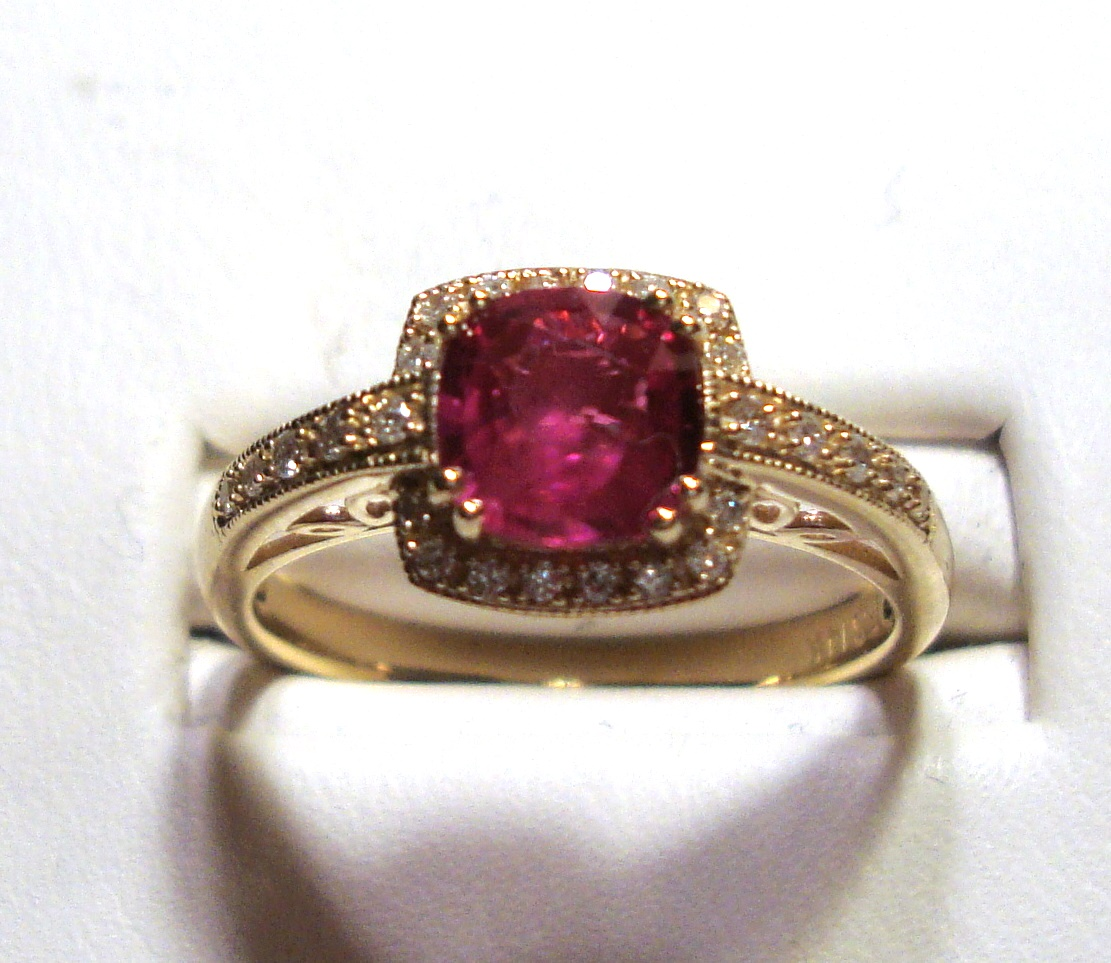 Ruby Gold Ring 1.05ct VS2 Clarity Size 7.00