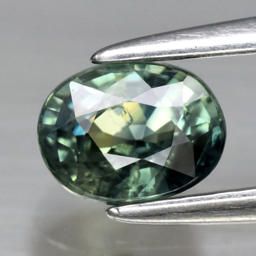 Genuine Green Sapphire .67ct 5.4 x 4.2mm Oval VS Clarity