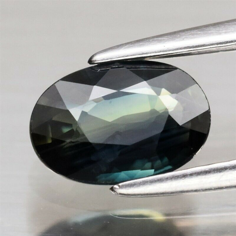 Genuine 100% Natural Green Sapphire .96ct 7.0 x 5.0mm Oval SI1 Clarity
