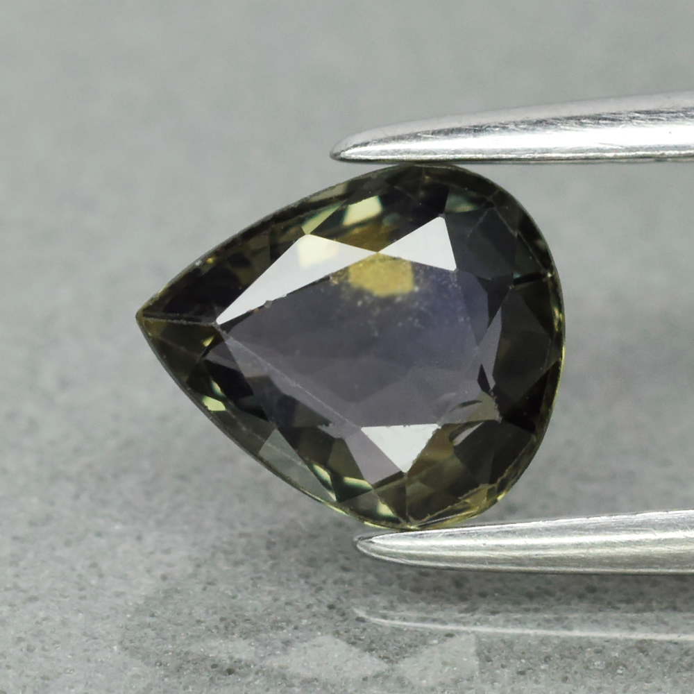Genuine 100% Natural Green Sapphire 1.07ct 7.0 x 6.0mm Pear SI1 Clarity