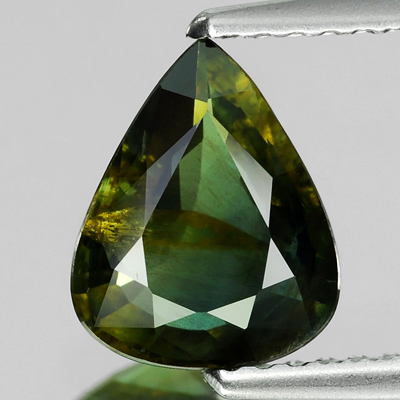 Genuine 100% Natural YELLOW GREEN SAPPHIRE 1.58ct 8.9 x 7.2 x 3.5mm Pear