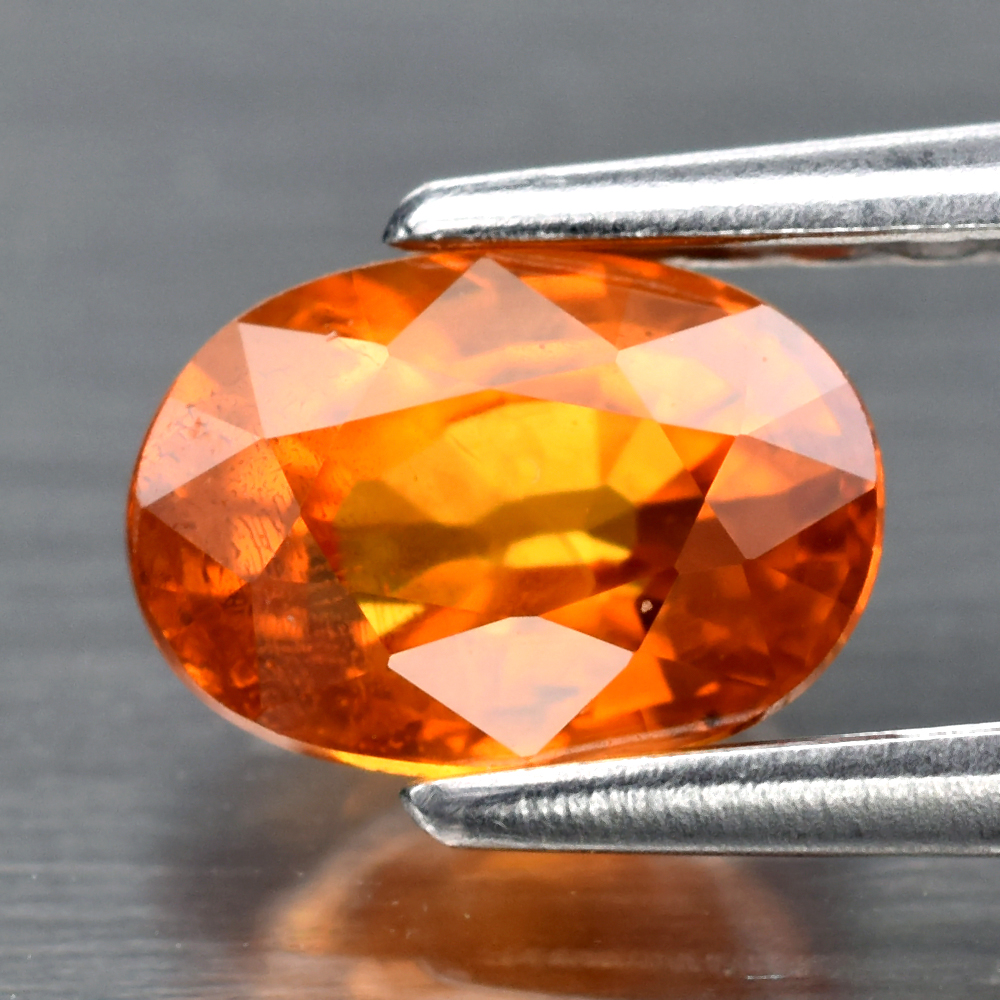 Genuine Orange Sapphire .85ct 6.0 x 4.2mm Oval VS Clarity