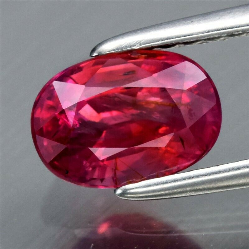 Genuine 100% Natural Red Sapphire 1.21ct 7.0 x 5.0mm Oval SI1 Clarity (RARE)