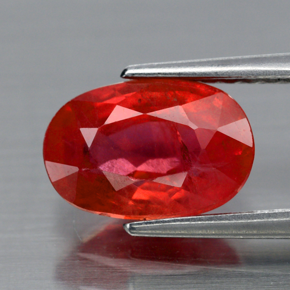 Genuine Red Sapphire 1.89ct 8.6 x 5.7mm Oval SI1 Clarity