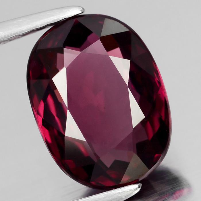 Genuine 100% Natural Rhodolite Garnet 2.68ct 9.5 x 7.0mm Oval VS2 Clarity