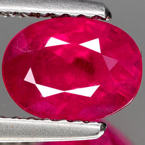 Genuine RUBY 1.62ct 7.8 x 5.8 x 4.3mm Oval