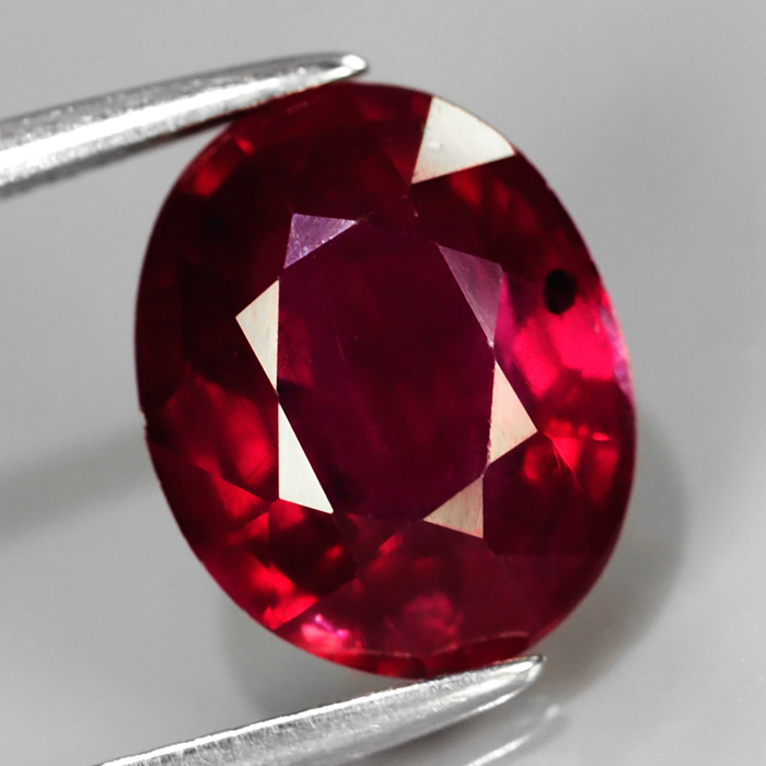 Genuine Ruby 3.53ct 10.0 x 8.0mm Oval SI2 Clarity