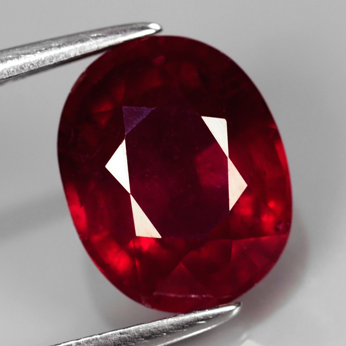 Genuine Ruby 3.88ct 10.0 x 8.0mm Oval SI2 Clarity