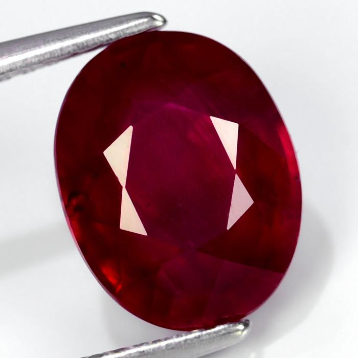 Genuine Ruby 4.03ct 10.0 x 7.8mm Oval I1 Clarity