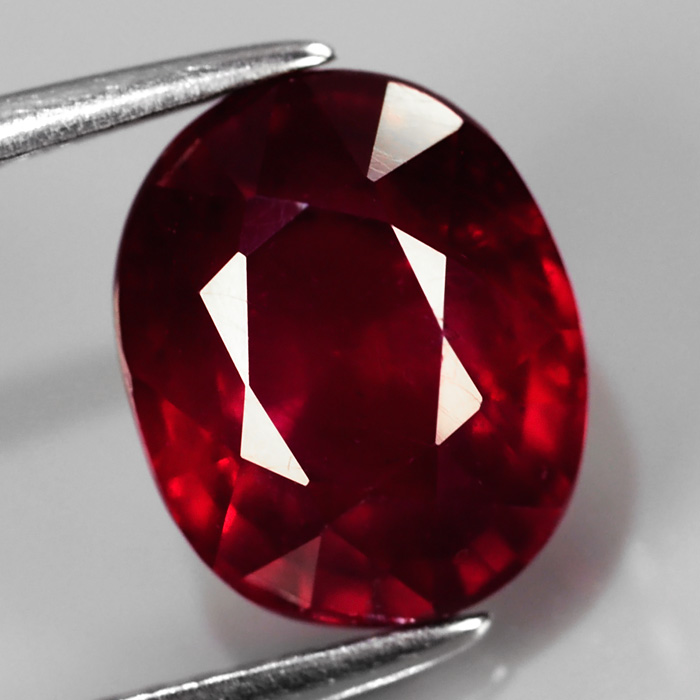 Genuine Ruby 4.25ct 9.8 x 7.8mm Oval SI2 Clarity