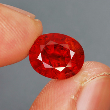Genuine 100% Natural Spessartite Garnet 4.61ct 10.7x8.8x5.4 SI2 Namibia