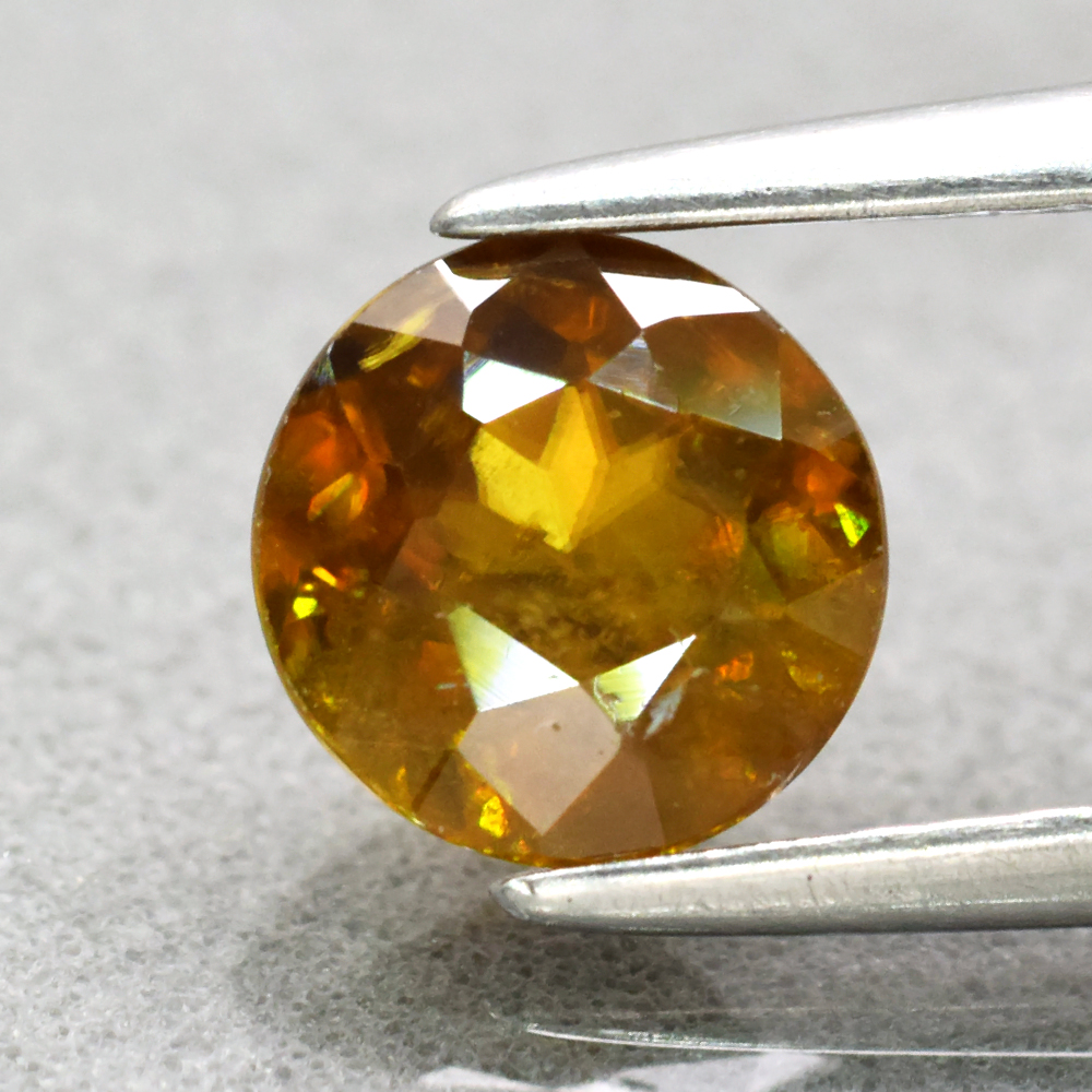 Genuine 100% Natural Sphene 0.87ct 5.8 x 5.8mm Round Cut SI1 Clarity