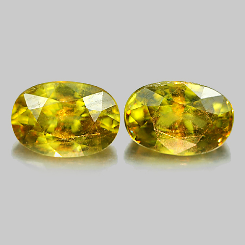 Genuine 100% Natural (2) Sphene 0.84ct 6.7x4.6x3.5mm VS1 Madagascar