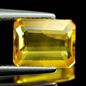 Genuine Yellow Sapphire 1.63ct 8.2 x 6.4 x 2.5mm Thailand VS1