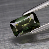 Genuine 100% Natural Green Sapphire 1.02ct 7.0 x 4.4mm Octagon SI1 Clarity