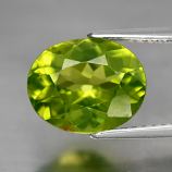 Genuine 100% Natural Peridot 3.08ct 10.0x8.0x5.2mm SI1 Burma