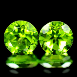 Genuine 100% Natural (2) Peridot 2.87ct 6.8x6.8mm SI1 Pakistan UN